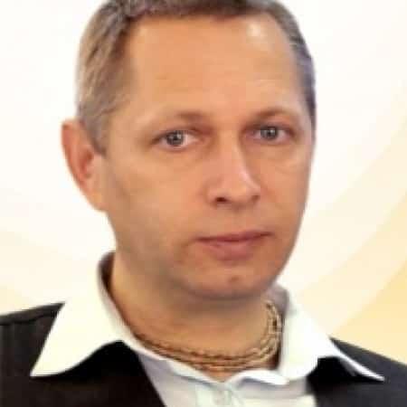 GBC EC Russian Announcement on Prabhavisnu declares Śrīla Prabhupāda – Preeminent Dīkṣā Guru of ISKCON